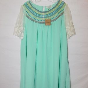 New Umgee 1XL Dress / Tunic Top Lace Sleeves